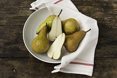Thumb 400 various farms organic bosc pears lb