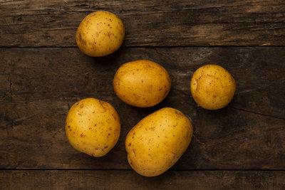 Thumb 400 various farms organic yukon gold potatoes lb