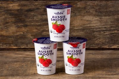 Thumb 400 wallaby organic whole milk yogurt raspberry 3 pack 6 oz